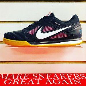 "Nike SB Gato ""Supreme Black"""
